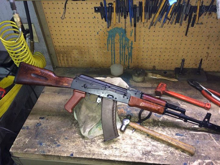 Sometimes it's the simplest that appeal. Basic full stock 74 with NDS receiver and…